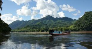 ta dong song lop 3 310x165 - Top 10 bài văn tả dòng sông quê em lớp 3 mới nhất