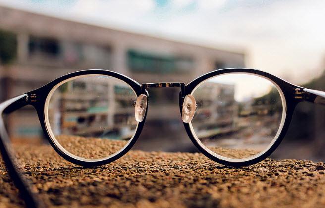 thuyet minh ve chiec mat kinh - Top 6 bài văn thuyết minh về kính đeo mắt lớp 9 mới nhất