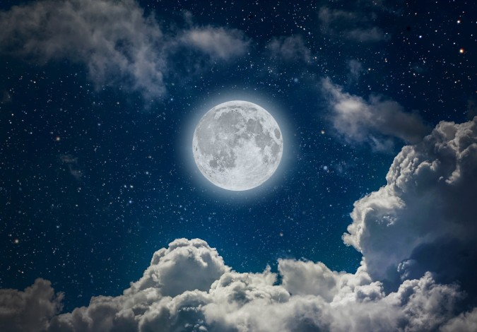 top 10 bai van mau phat bieu cam nghi ve bai tho canh khuya 4 - Top 10 bài văn mẫu phát biểu cảm nghĩ về bài thơ Cảnh khuya