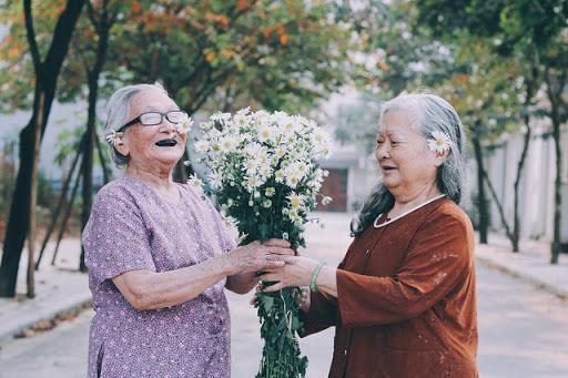 Top 10 bài văn mẫu tả người già hay nhất