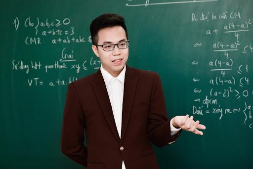 top 10 bai van mau ta thay giao 1 - Top 10 bài văn mẫu tả thầy giáo