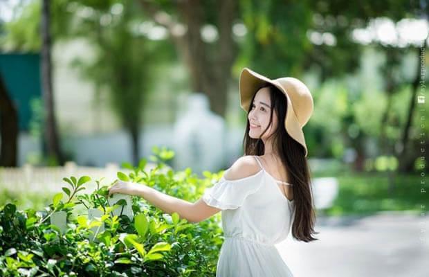 anh girl xinh de thuong 1 - Top 7 bốt cổ ngắn nam đẹp và đang được yêu thích hiện nay